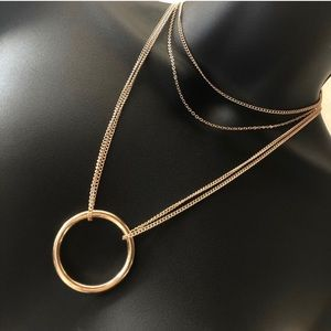 Jewelry - Circle Pendent Layered Gold Necklace